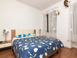 Cozy apartment in the center of Pula with Internet, Washing machine, Air conditi