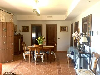 Spacious house in Almogía with Parking, Internet, Washing machine, Air condition