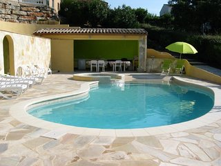 Cozy apartment in Sainte-Maxime with Parking, Internet, Washing machine, Pool