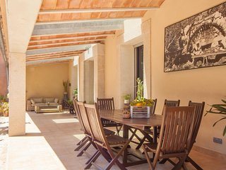 Spacious house in Selva with Parking, Internet, Washing machine, Air conditionin