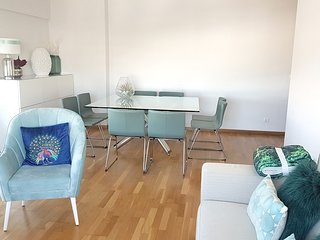 Spacious apartment in Prior Velho with Parking, Internet, Washing machine, Air c