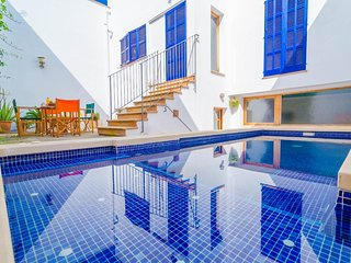 Cozy house in Portocolom with Internet, Air conditioning, Pool, Terrace