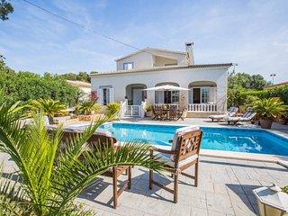 Spacious villa in Cala Pi with Parking, Internet, Washing machine, Pool
