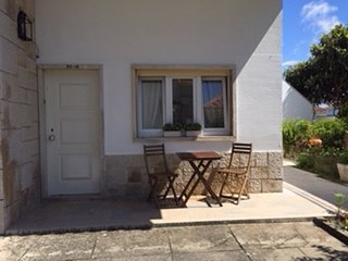 Cozy apartment very close to the centre of São Martinho do Porto with Parking, I