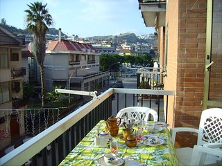 Spacious apartment in the center of San Benedetto del Tronto with Lift, Parking,