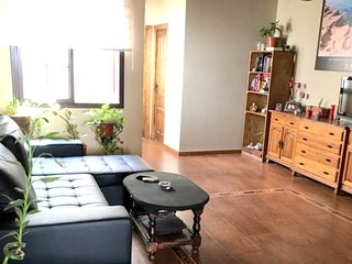 Spacious house in the center of Brenes with Parking, Internet, Washing machine,
