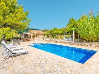 Cozy villa in Mancor de la Vall with Parking, Internet, Washing machine, Air con