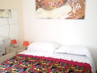 Cozy apartment in the center of Cosenza with Parking, Internet, Washing machine,