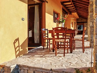 Spacious apartment in the center of Mombarcaro with Parking, Internet, Terrace