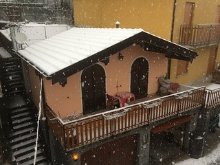 Cozy house in Germasino with Parking, Internet, Washing machine, Pool