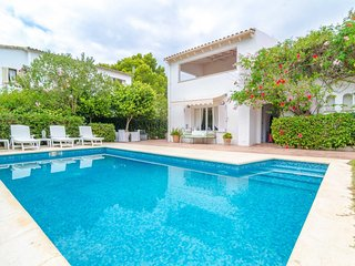 Spacious villa a short walk away (310 m) from the 'Cala Blava' in Llucmajor with