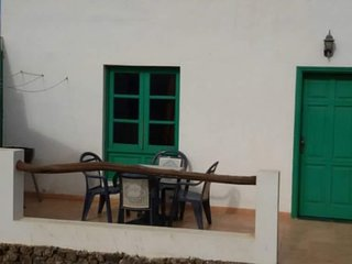 Cozy apartment in Teguise with Parking, Washing machine, Terrace