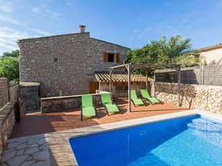 Spacious villa in Campos with Parking, Internet, Washing machine, Air conditioni