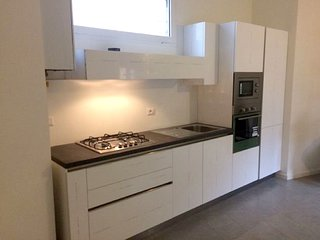 Spacious apartment in with Parking, Washing machine, Air conditioning, Terrace
