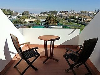 Spacious apartment in the center of Sanlucar de Barrameda with Lift, Parking, Ai