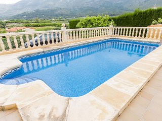 Spacious villa in Parcent with Parking, Washing machine, Air conditioning, Pool