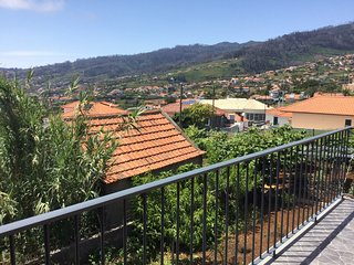 Cozy house in Arco Da Calheta with Parking, Internet, Washing machine, Balcony