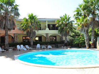 Cozy apartment in Palau with Internet, Air conditioning, Pool