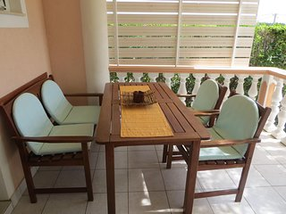 Cozy apartment in the center of Seline with Parking, Internet, Air conditioning,
