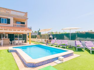 Spacious villa in Alcudia with Parking, Internet, Washing machine, Air condition