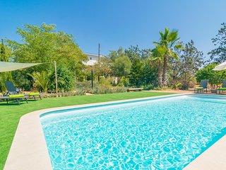 Spacious villa in Santa Maria del Cami with Parking, Internet, Washing machine,