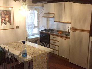 Spacious apartment in the center of Bagnaia with Parking, Internet, Washing mach