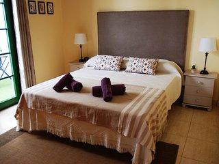 Spacious apartment a short walk away (259 m) from the 'Playa Blanca' in Playa Bl