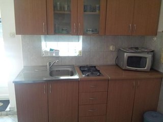 Cozy apartment in the center of Kaštel Kambelovac with Parking, Internet, Washin