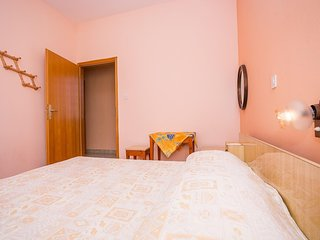 Spacious apartment in the center of Banjol with Parking, Internet, Air condition