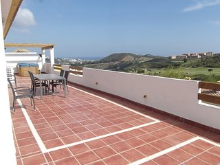 Spacious apartment in Mijas with Lift, Parking, Internet, Washing machine