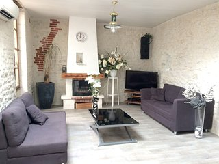 Cozy house close to the center of La Rochelle with Parking, Internet, Washing ma
