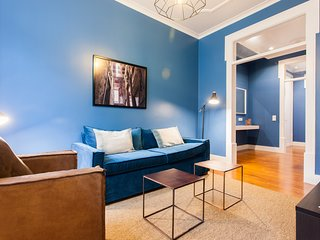Spacious apartment in the center of Lisbon with Lift, Internet, Washing machine