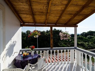 Cozy apartment in the center of Drače with Parking, Internet, Balcony
