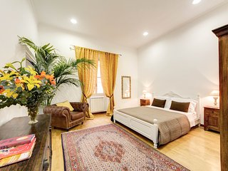Spacious apartment in the center of Rome with Lift, Internet, Washing machine, A