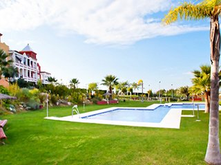 Spacious apartment in Sanlúcar de Barrameda with Lift, Parking, Internet, Washin