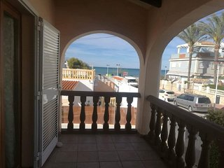 Cozy apartment right near the 'Playa de la Almadrava' in Denia with Parking, Was