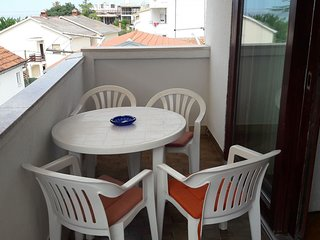 Spacious apartment in Zadar with Parking, Internet, Washing machine, Air conditi