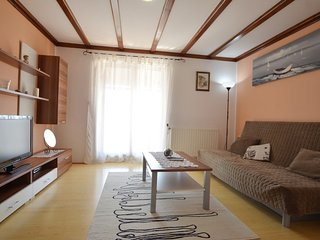Spacious aparthotel very close to the centre of Rovinj with Parking, Internet, A