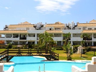 Spacious apartment in Benalmádena with Lift, Parking, Washing machine, Pool