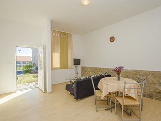 Cozy apartment in Rab with Internet, Air conditioning, Balcony