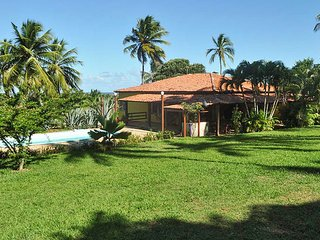 Cozy house in Limoeiro with Parking, Internet, Washing machine, Pool