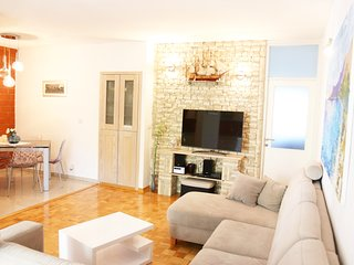 Spacious apartment in Split with Lift, Internet, Pool, Balcony