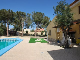 Spacious villa in Sant Joan d'Alacant with Parking, Internet, Washing machine, P