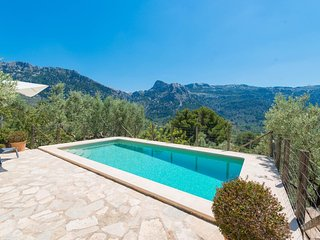 Spacious villa in Sóller with Parking, Internet, Washing machine, Pool