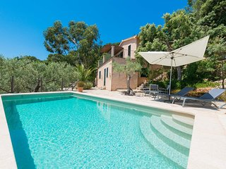 Spacious villa in Soller with Parking, Internet, Washing machine, Pool