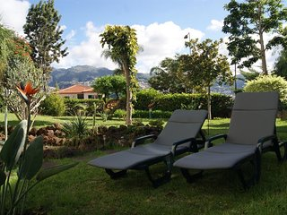 Spacious apartment in the center of Funchal with Parking, Internet, Washing mach