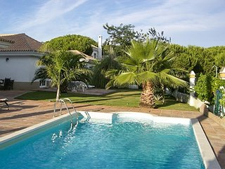 Spacious villa in Nuevo Portil with Parking, Internet, Washing machine, Air cond