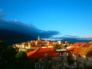 Cozy apartment in the center of Korcula with Internet, Washing machine, Air cond