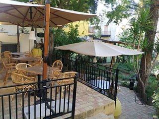 Spacious apartment in the center of Agrigento with Parking, Internet, Washing ma