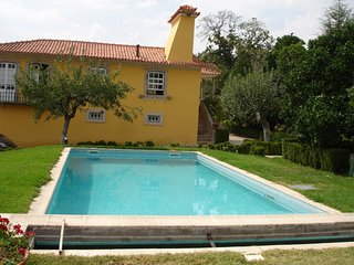Cozy apartment in Galegos with Parking, Internet, Pool, Balcony